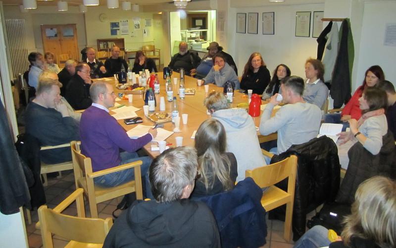 Vorbereitungskreis der Zeitschrift der Straße im Herbst 2010, vier Monate vor Erscheinen der ersten Ausgabe